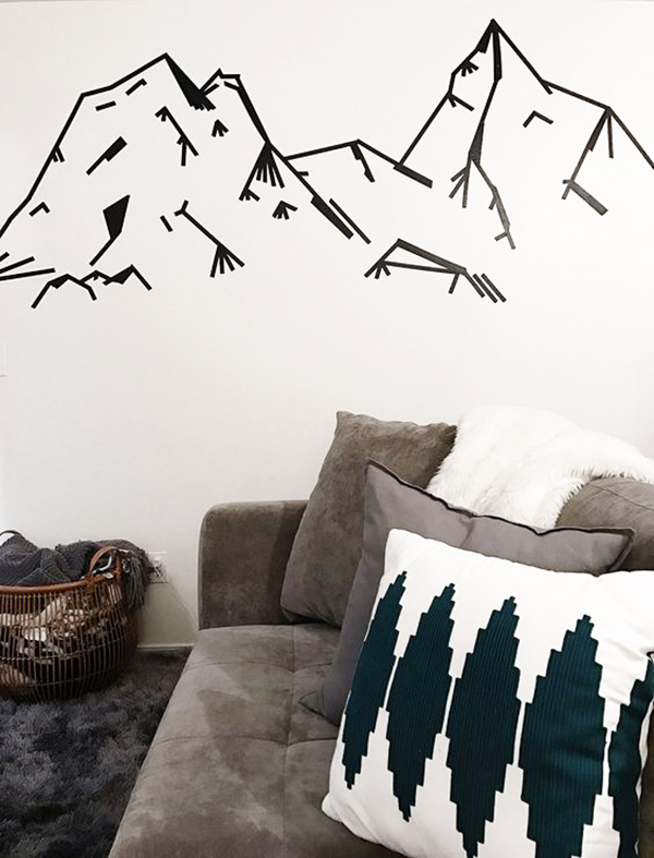 Decorar paredes con cinta adhesiva negra
