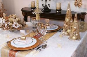 mesa navideña en dorado