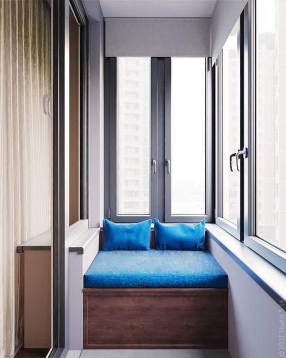 cama en el balcón