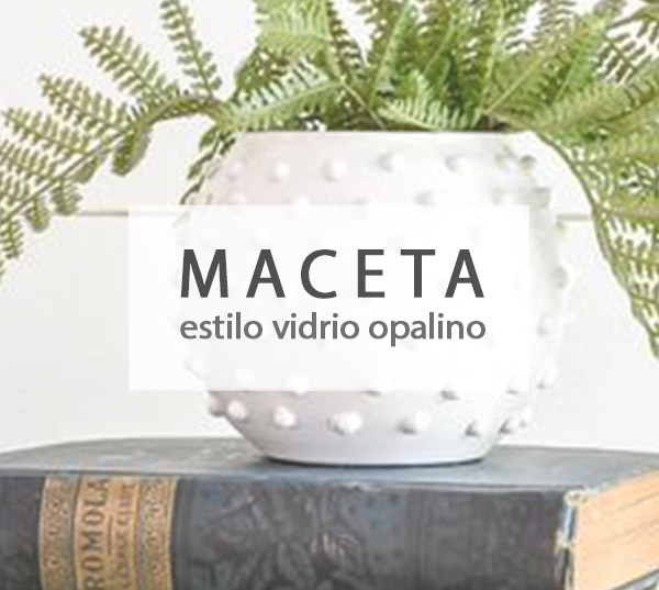 Maceta estilo vidrio opalino con relieve