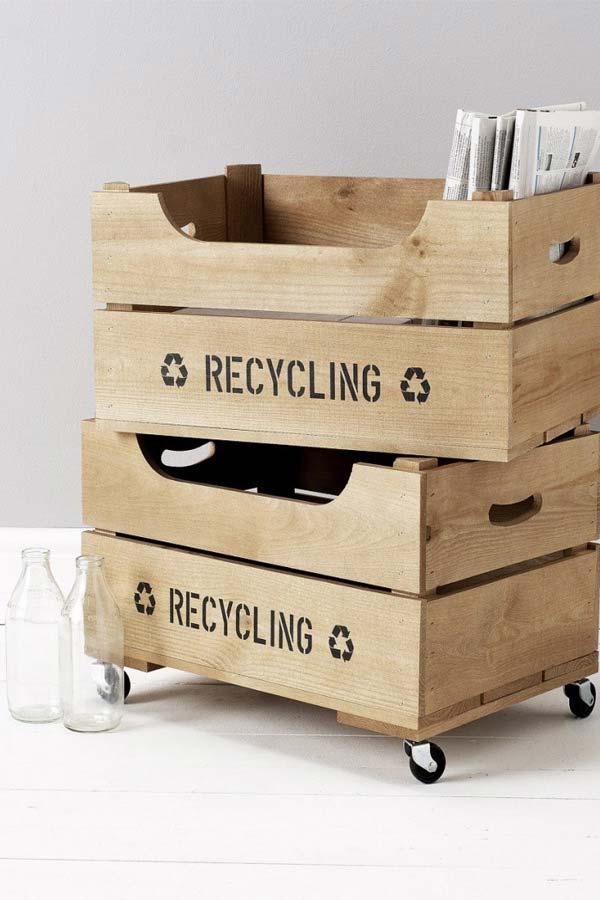 Cajas de madera para un revistero