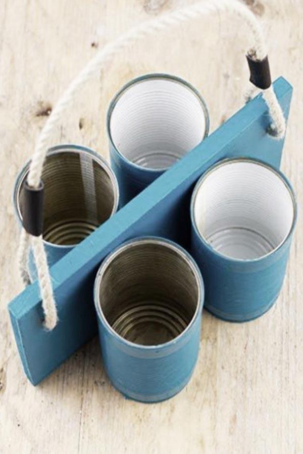 Organizador con latas