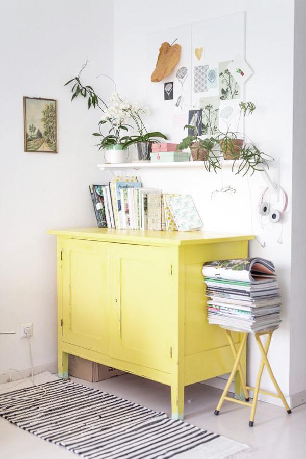 Muebles amarillos